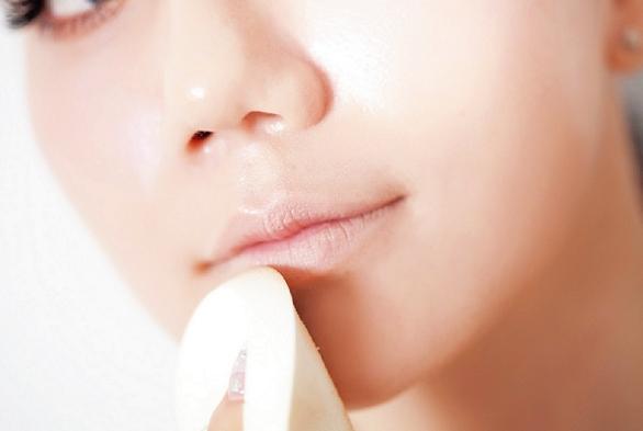 唇色深是什么原因 怎么改善
