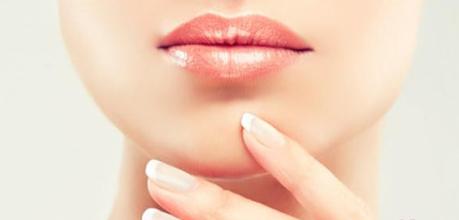 嘴角纹什么原因引起的 怎么去除