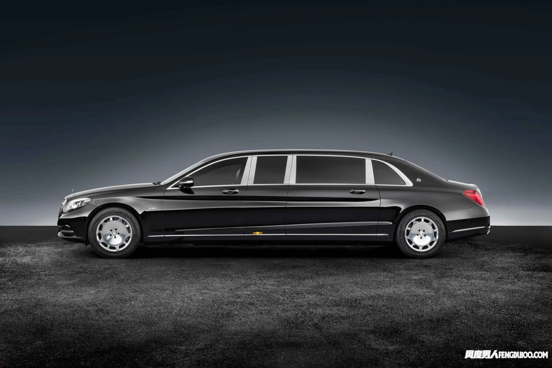 Mercedes-Maybach发布S 600 Guard 防弹版豪华轿车